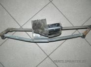Механизм стеклоочистителя с электромотором лобового стекла